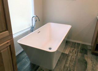 Master Bath Soak Tub
